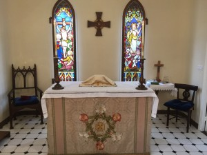 St H altar and sanctuary